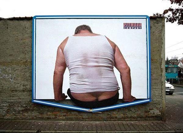 butt breaking bottom of billboard