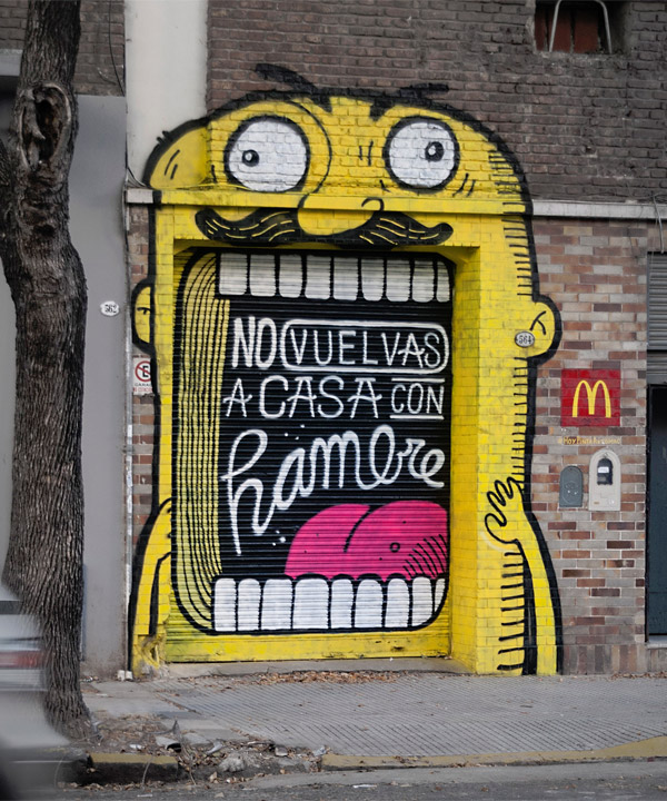 garage door grafitti mural | McDonalds Spanish